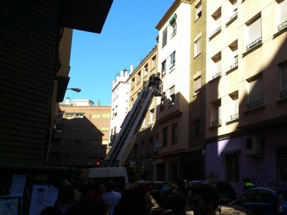 Incendio en un piso de la calle Vasconia.