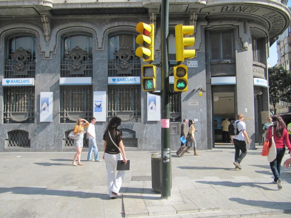 Paso de peatones en plaza de España