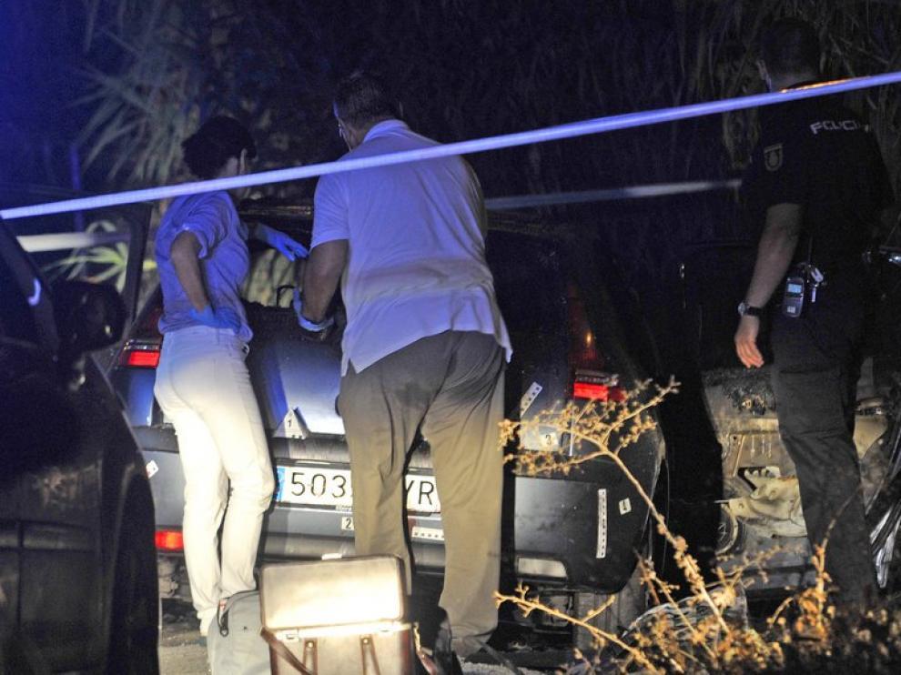 La Policía investiga el coche quemado