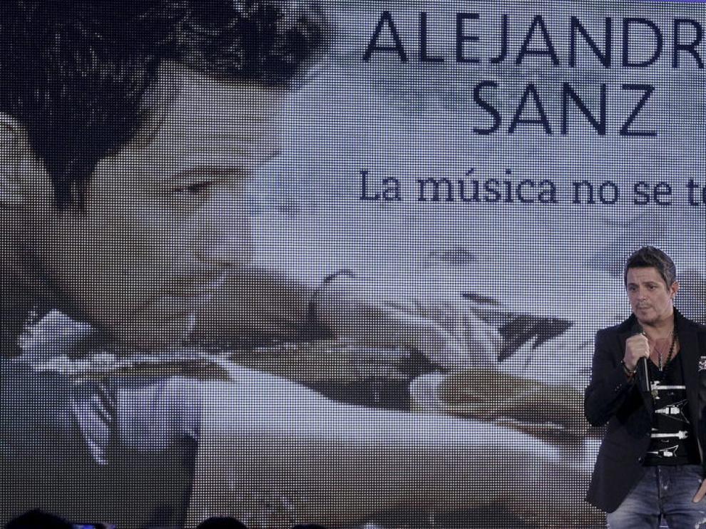 Alejandro Sanz presentando su último disco