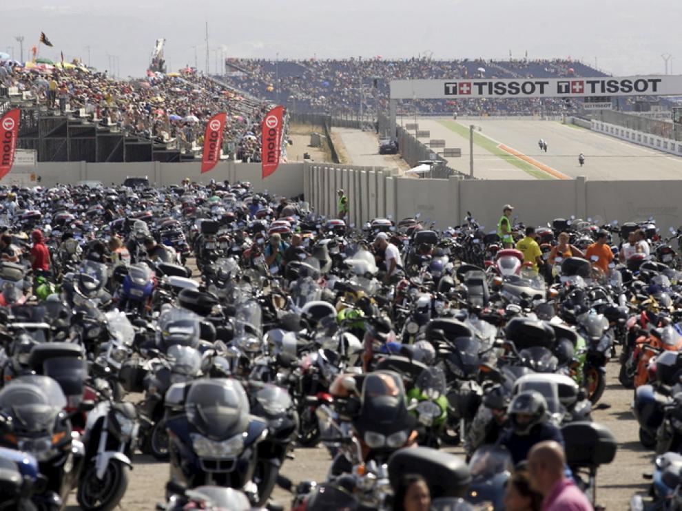 Caben más de 11.000 motos