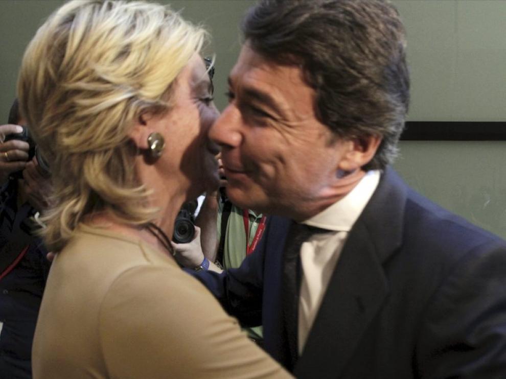 Ignacio González se despide de Esperanza Aguirre