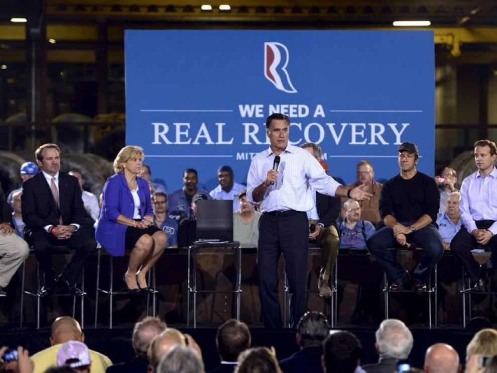 Romney asegura que las políticas de Obama han aumentado la deuda del país.