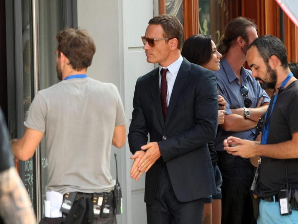El actor Michael Fassbender se prepara para una escena de la película