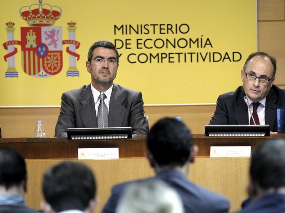 El gobernador del Banco de España y el secretario de Estado de Economía.