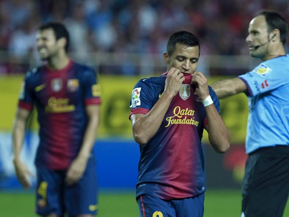 Mateu Lahoz, detrás de Alexis