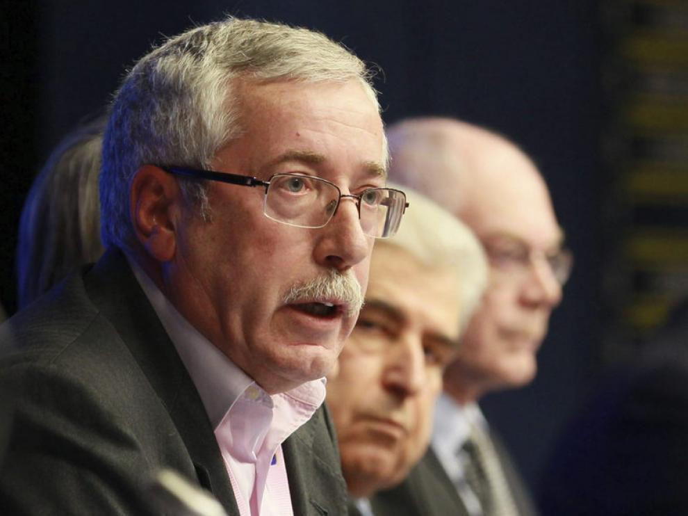 Ignacio Fernández Toxo (izq), secretario general de CC.OO.