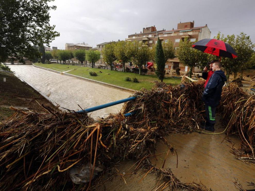 En la zona de Cinco Villas colindante con Navarra, cayeron más de 100 litros por metro cuadrado.