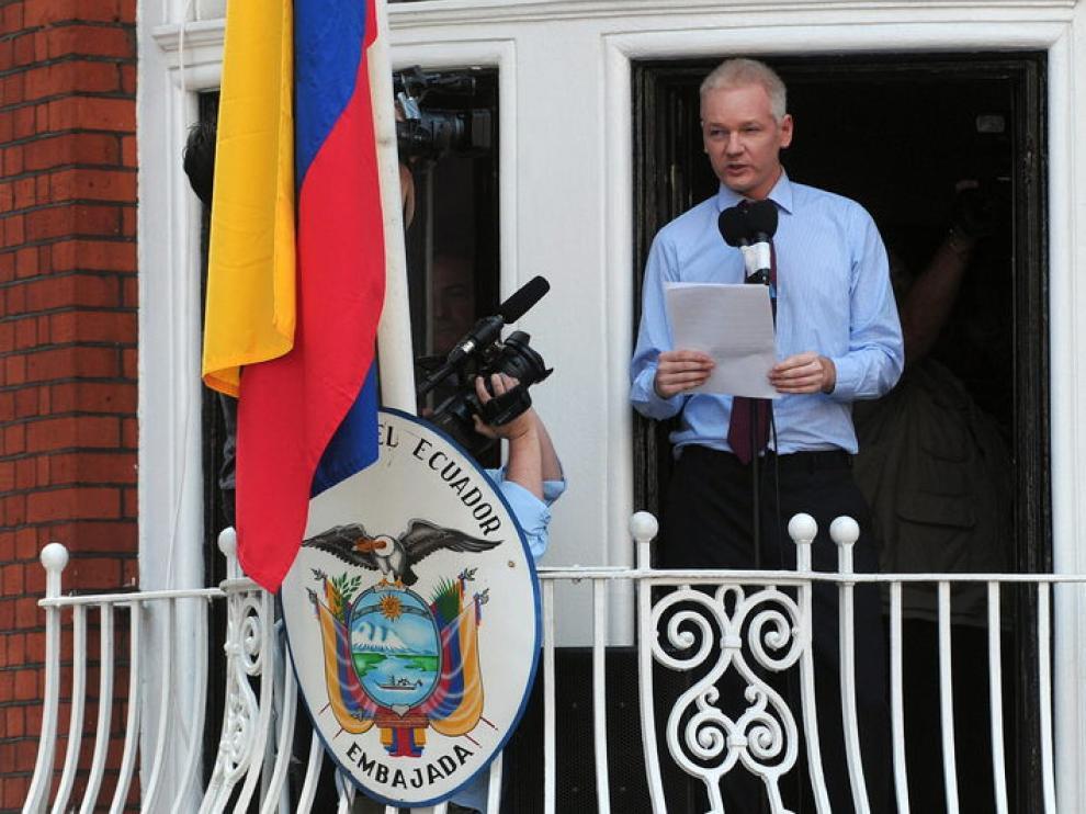 Assange en la embajada ecuatoriana el pasado agosto