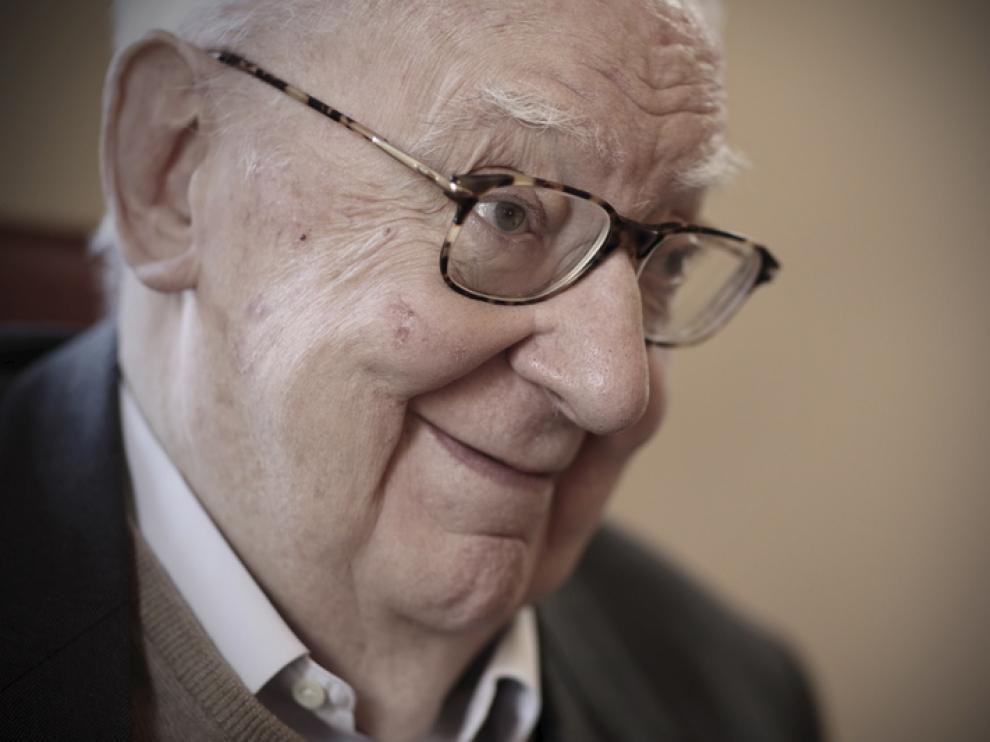 El guionista y director de cine, José Luis Borau, falleció este viernes a los 83 años.