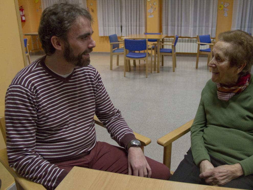 Manuel y Delia, una de las parejas participantes en el programa 'Ibercaja Vivir y Compartir'