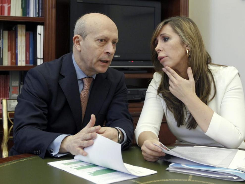Wert y Camacho se reunieron este miércoles para hablar de la reforma educativa.