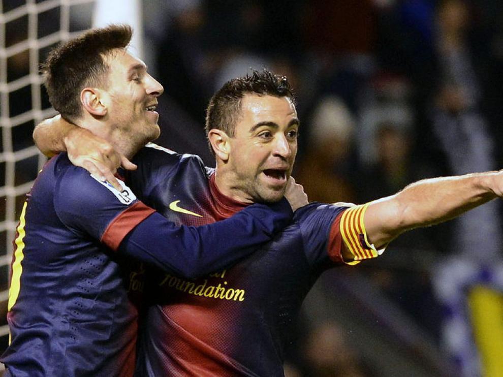 Xavi abrió la lata a pase de Alba