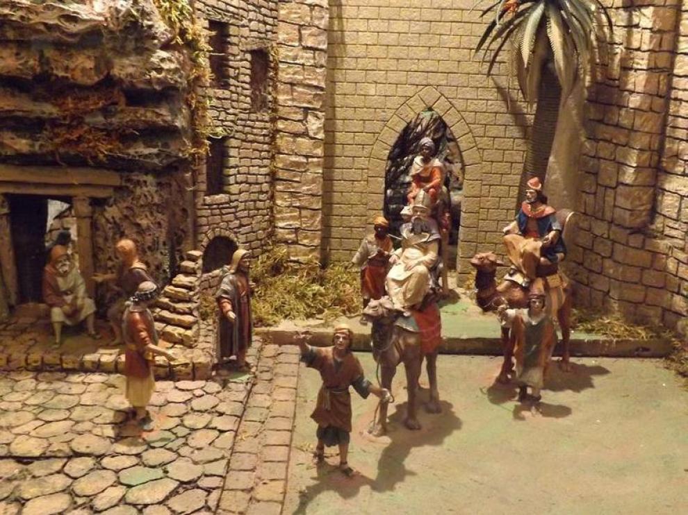 Los escenarios de estos dioramas se han fabricado de forma artesanal.