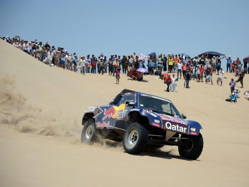 Carlos Sainz, durante la segunda etapa del Dakar