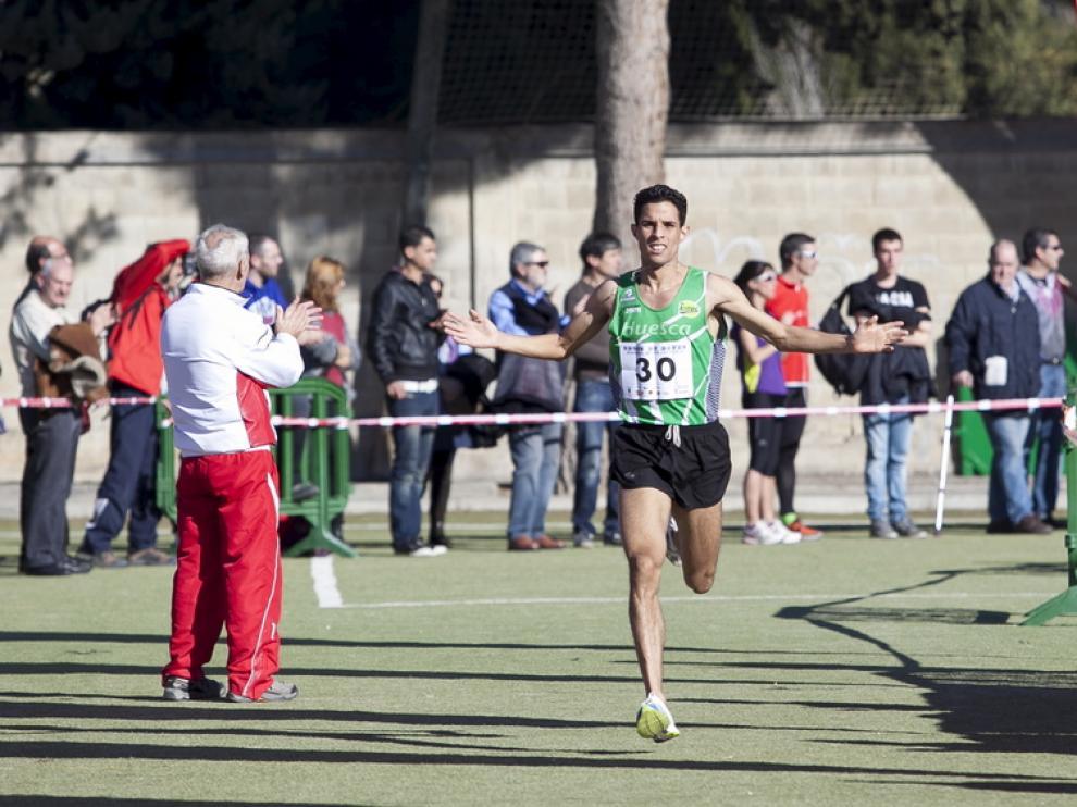 Sabhi cruza la meta en el Stadium Casablanca