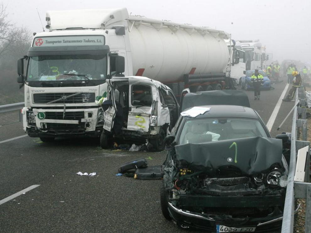 Algunos de los vehículos siniestrados en Castelldans