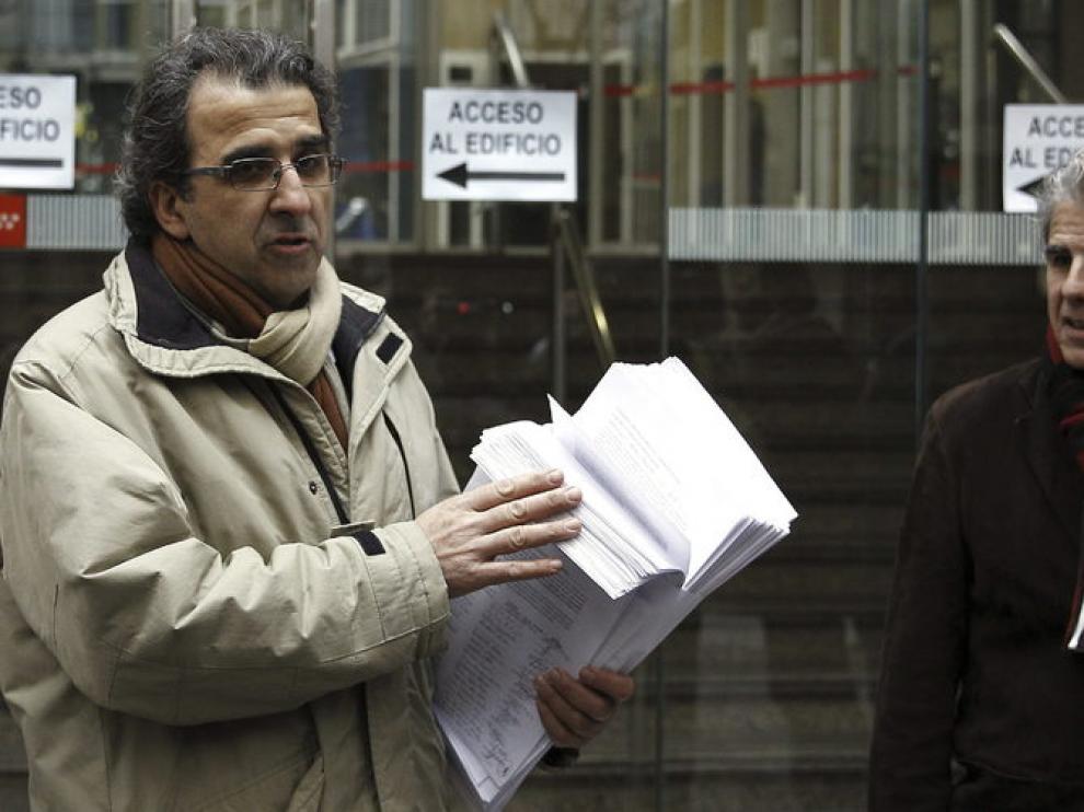 Presentación de la renuncia de los directivos por la privatización