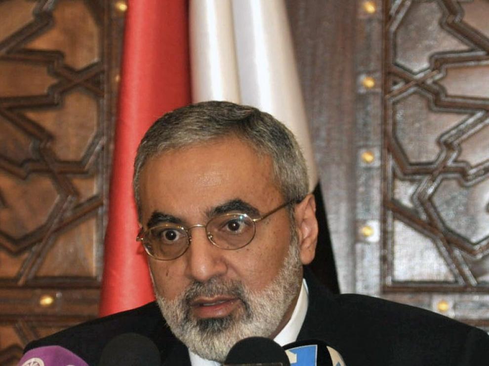 El ministro sirio de Información, Omran al Zubi