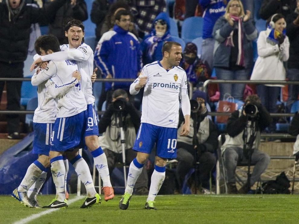 Imágenes del encuentro de octavos de final de la Copa del Rey entre el Real Zaragoza y el Levante en La Romareda.