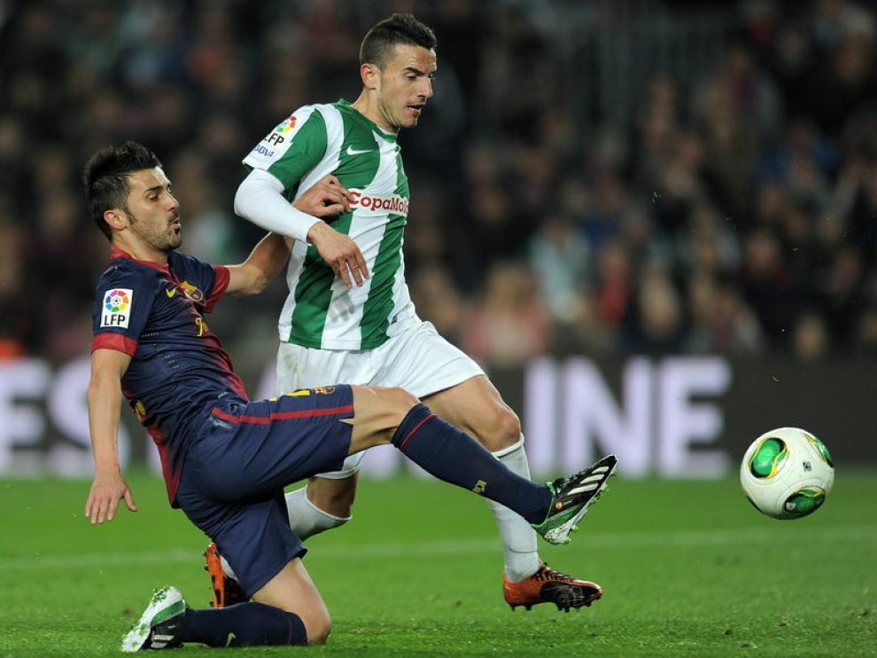 Villa hizo doblete en su vuelta a la titularidad