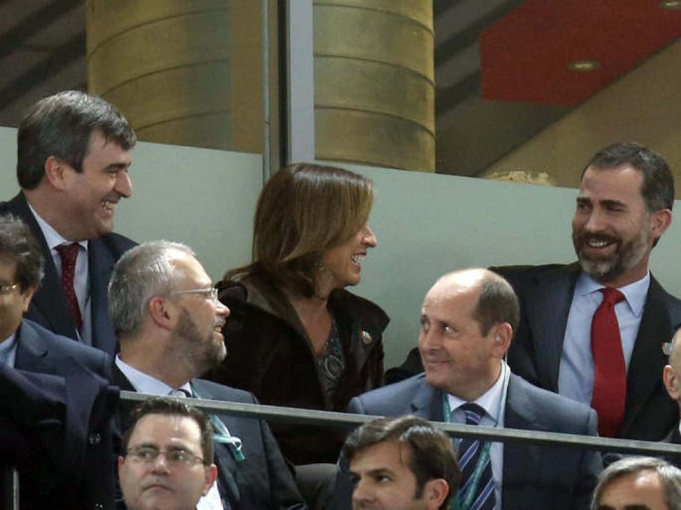 El príncipe Felipe y Ana Botella