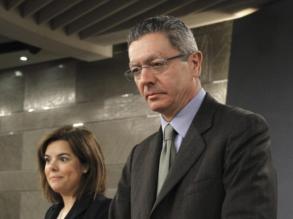 Gallardón y Soraya Sáenz de Santamaría en rueda de prensa