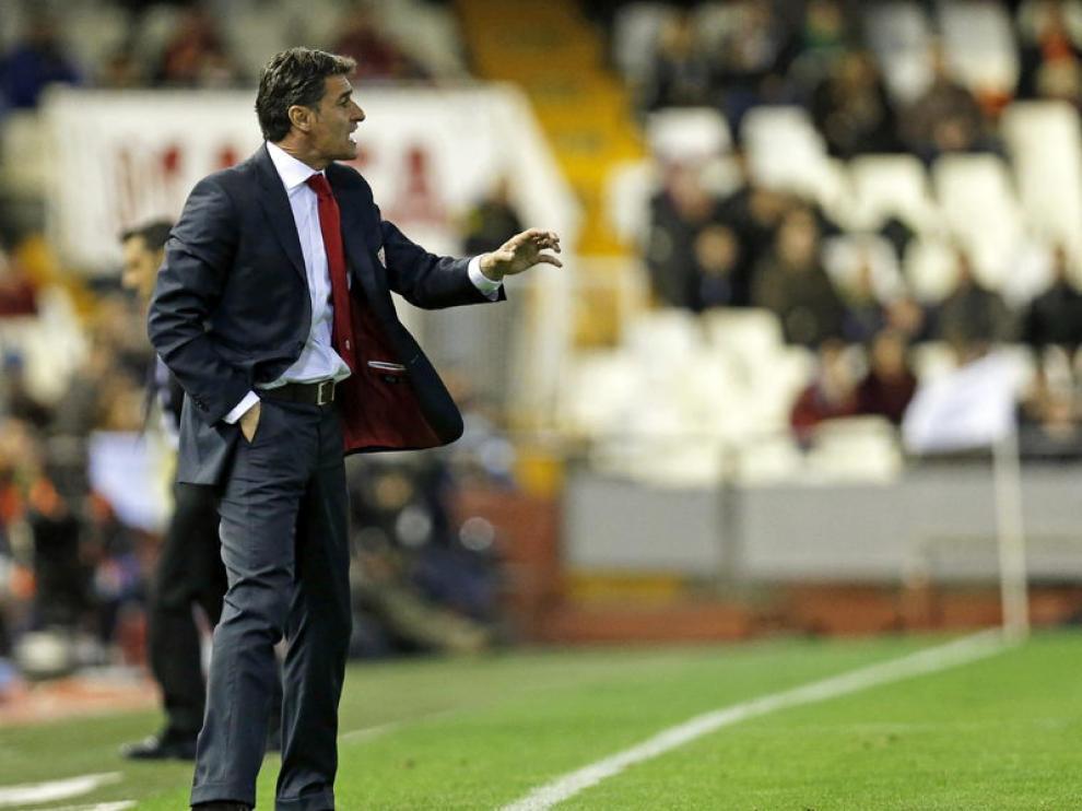 Míchel, durante un partido del Sevilla