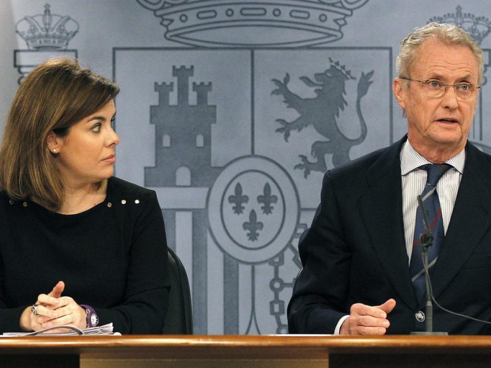 Rueda de prensa de la vicepresidenta y el ministro de Defensa