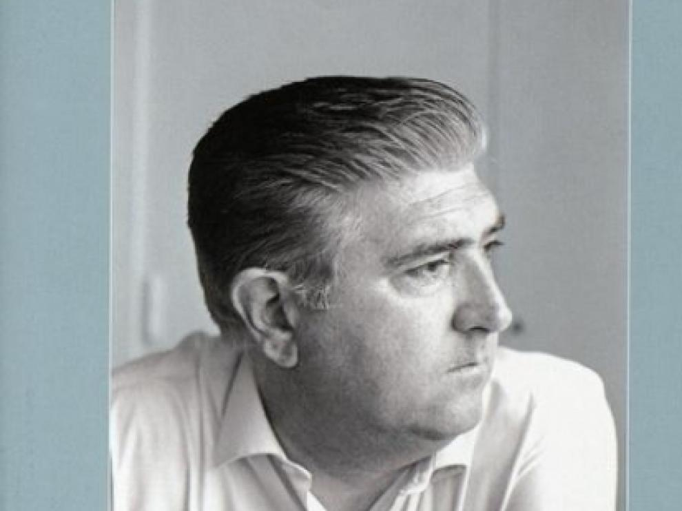 Gil Novales
