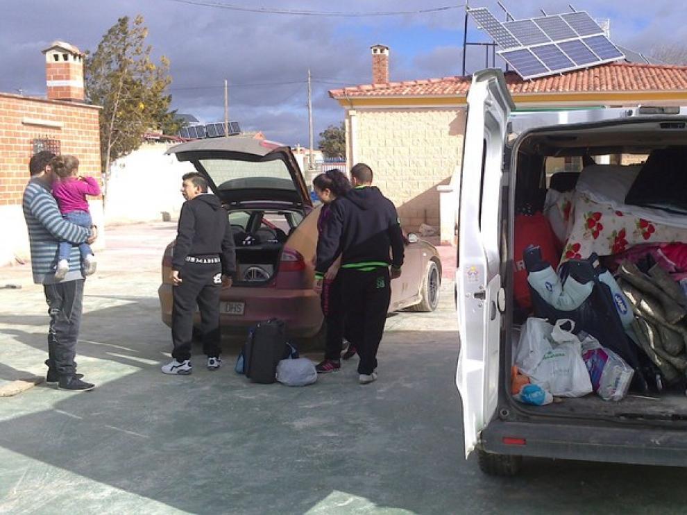Una familia desaloja su casa en Peñaflor