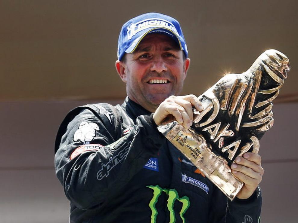 Stephane Peterhansel ganador en la categoría de coches