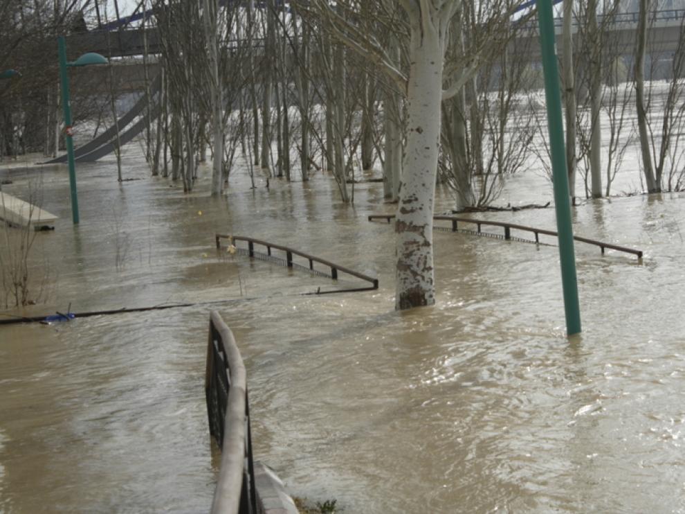 Crecida del Ebro a su paso por la provincia de Zaragoza