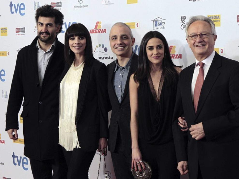 El equipo de la película 'Blancanieves', su director Pablo Berger, el producto Ibon Cormenzana, y las actrices Maribel Verdú, Macarena García