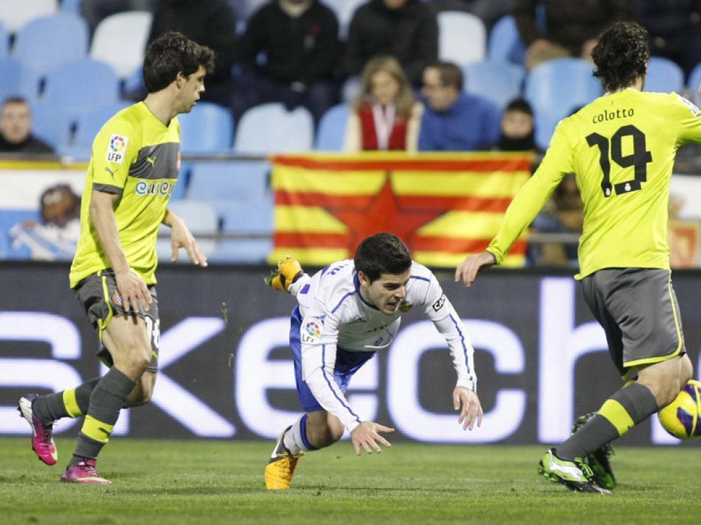 El jugador del R.Zaragoza Víctor Rodríguez, en el partido con el Espanyol