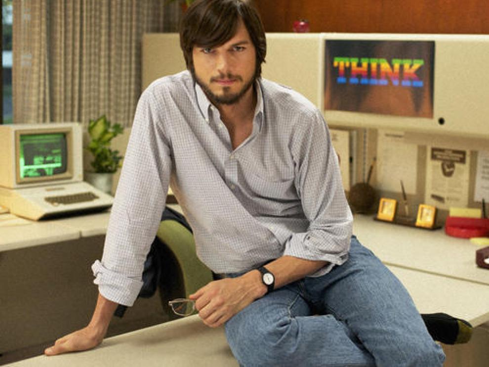 Kutcher en la piel de Steve Jobs