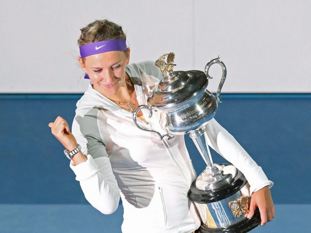 Victoria Azarenka con su trofeo