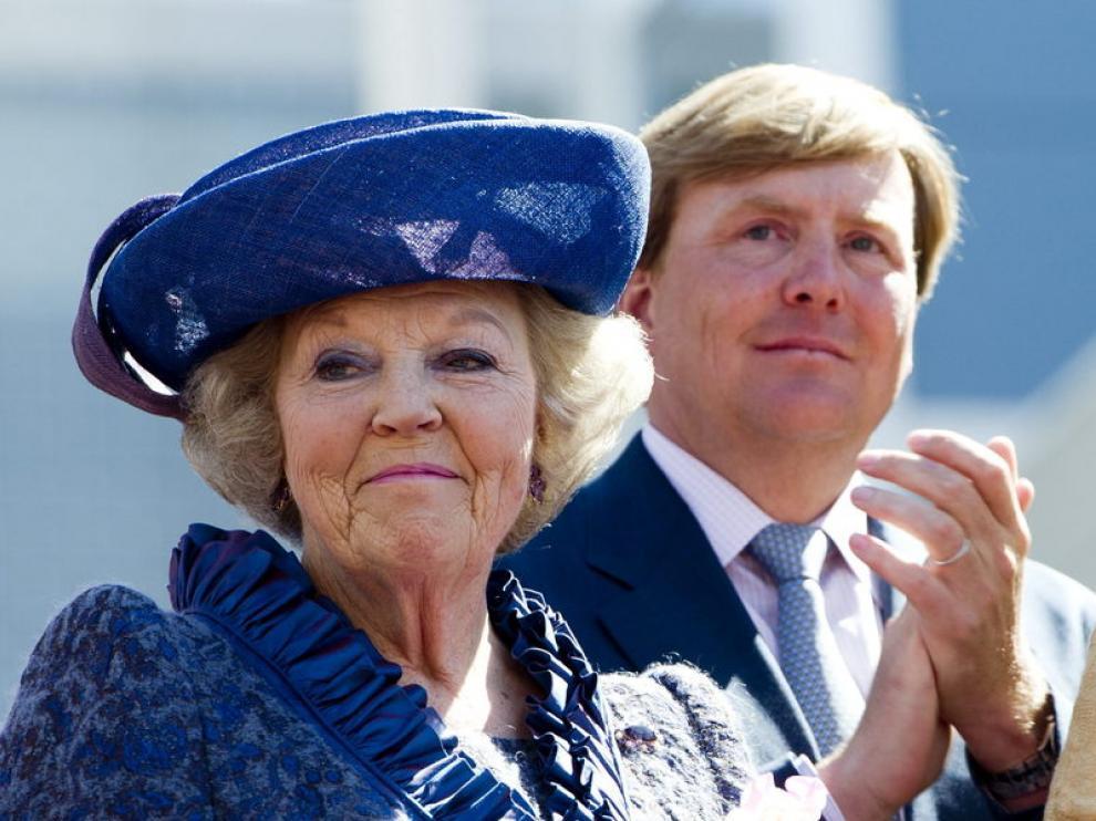 Beatriz de Holanda y su hijo Guillermo