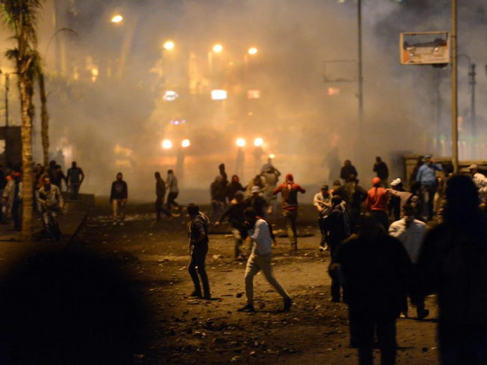 La tensión continúa en las calles de varias ciudades egipcias