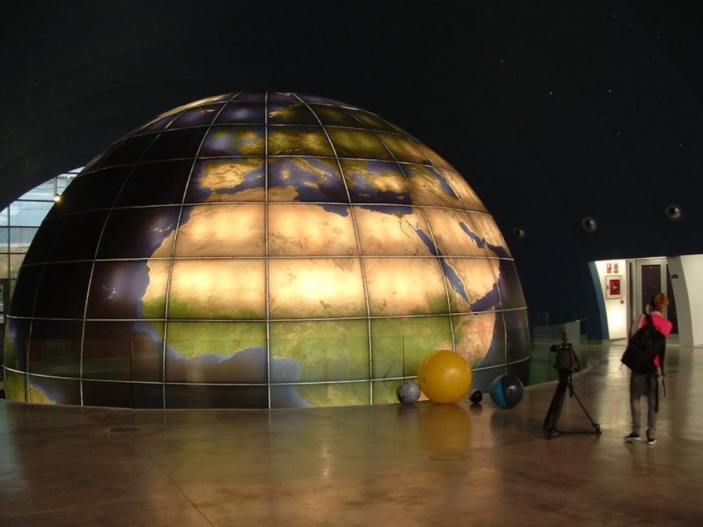 Imagen del Planetario de Huesca, que se promociona en la nueva guía