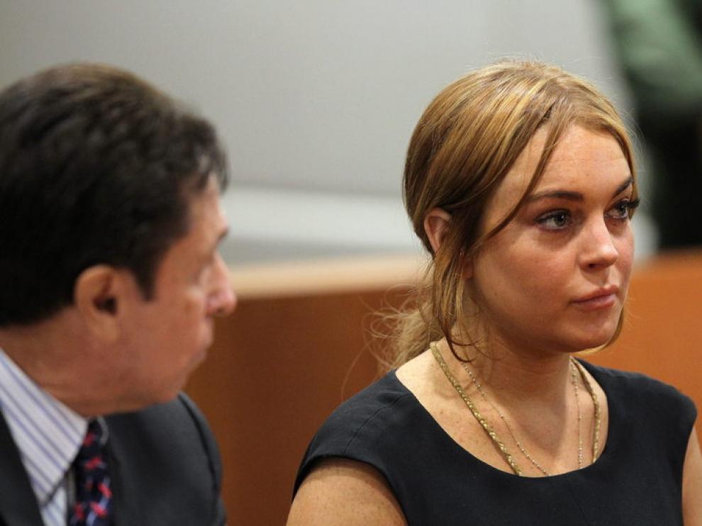 Lindsay Lohan en una de sus visitas al juzgado
