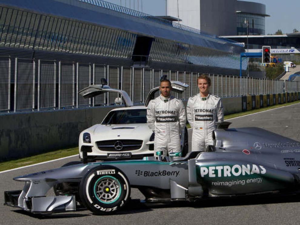 Hamilton y Rosberg, con su nuevo monoplaza