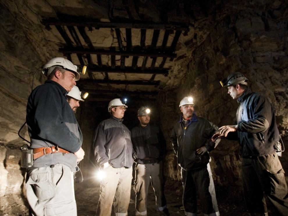 Los mineros, minutos antes de encerrarse