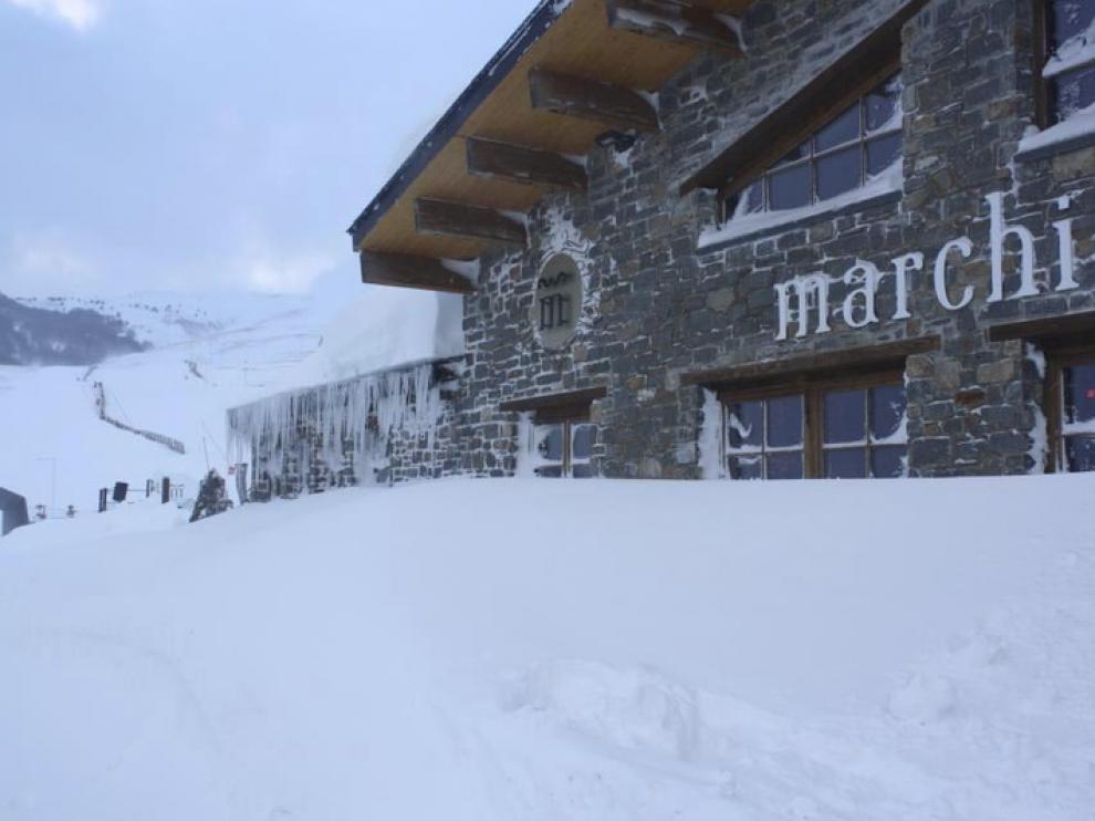 Imágenes del temporal de nieve y viento que azota la comunidad