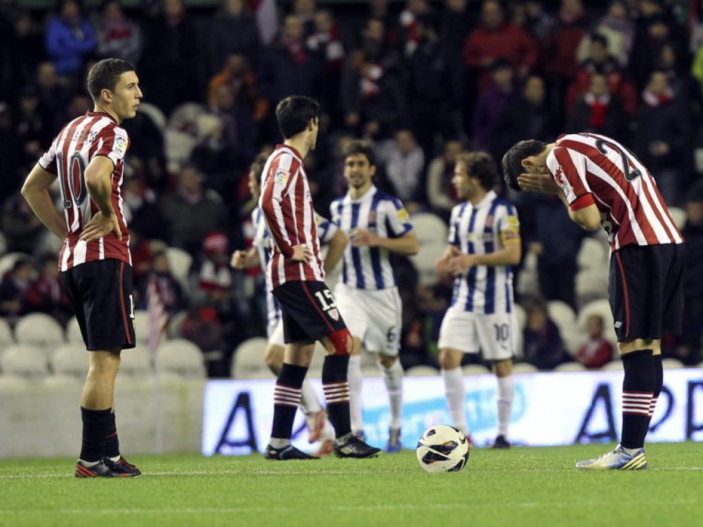 El Espanyol celebra el último gol en San Mamés
