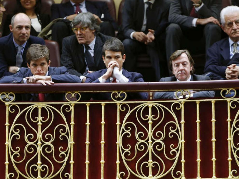 Los toreros El Juli y José María Manzanares, en el palco del Congreso
