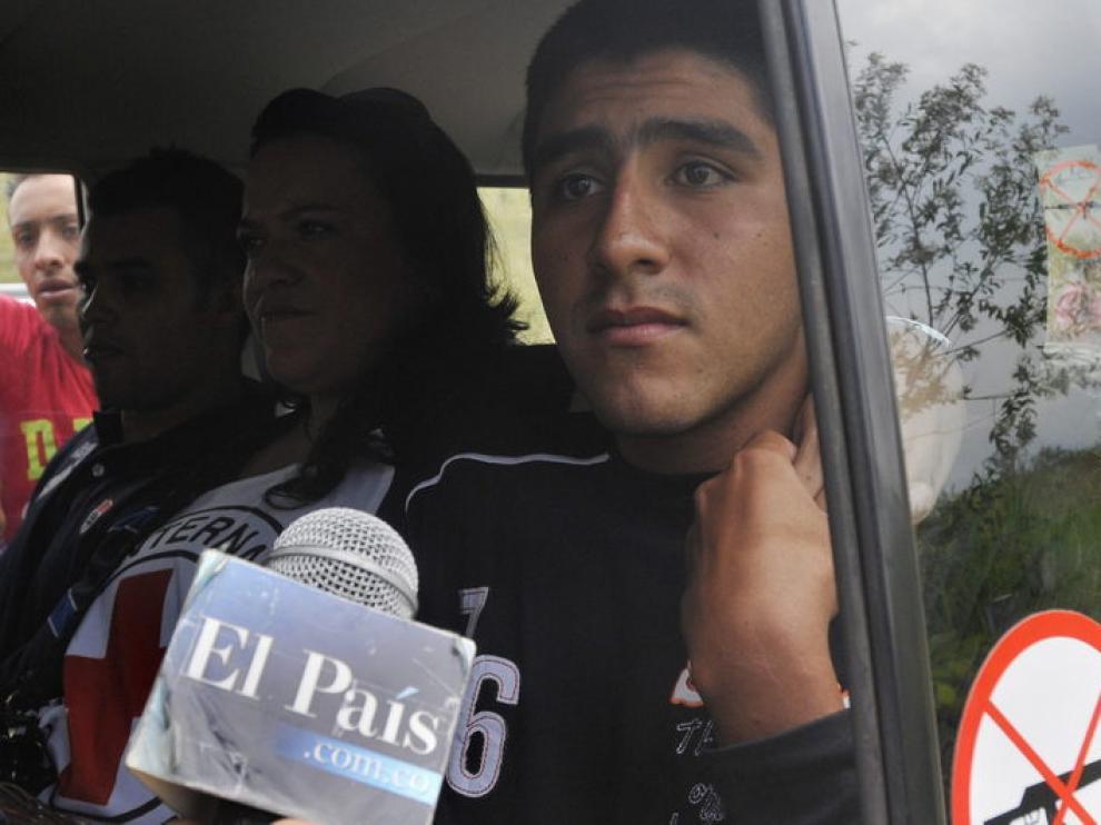 Los dos policías colombianos secuestrados y liberados por las FARC