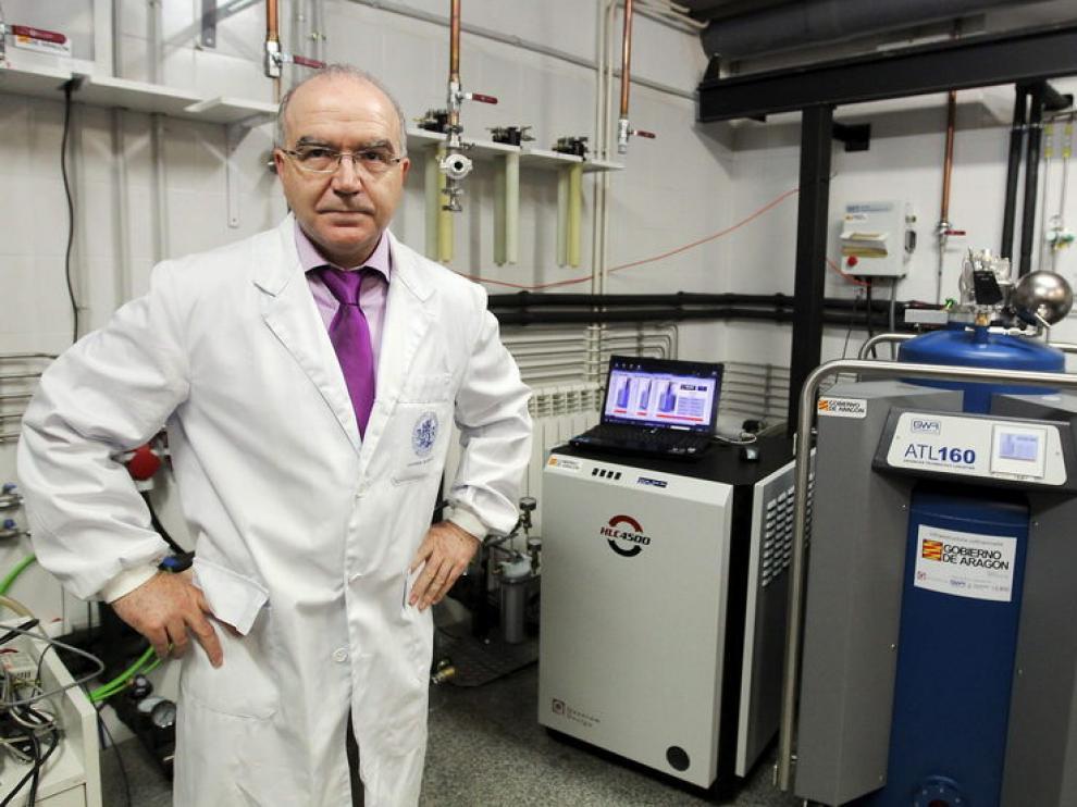 Conrado Rillo, jefe del servicio de líquidos criogénicos de la UZ, y responsable del proyecto