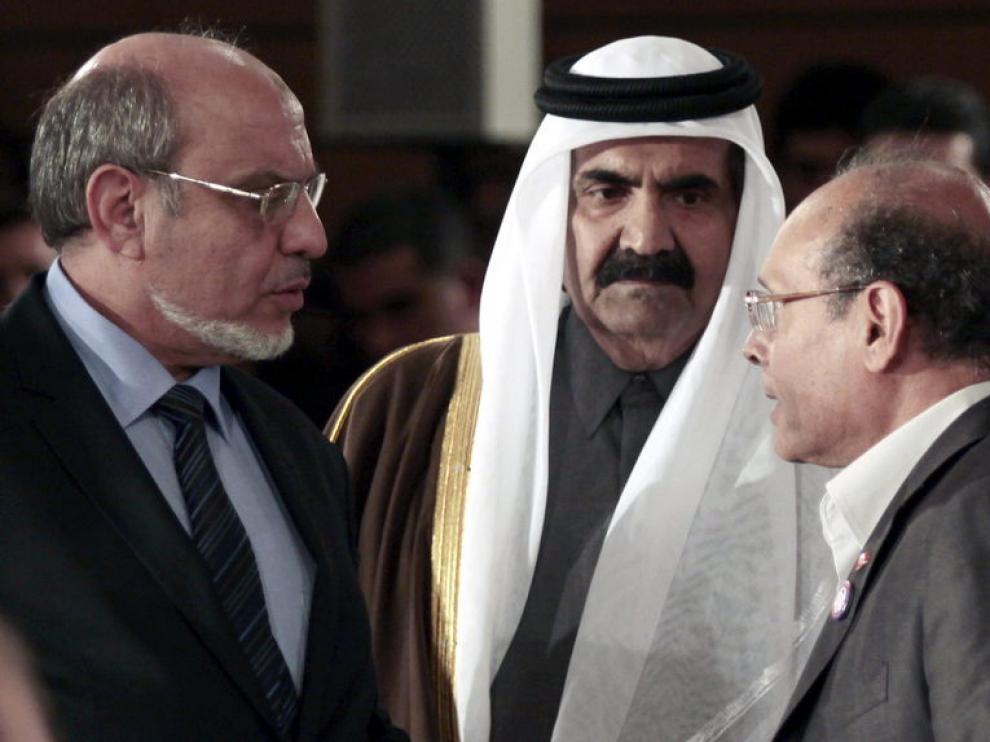 A la izquierda  Hamadi Yabali