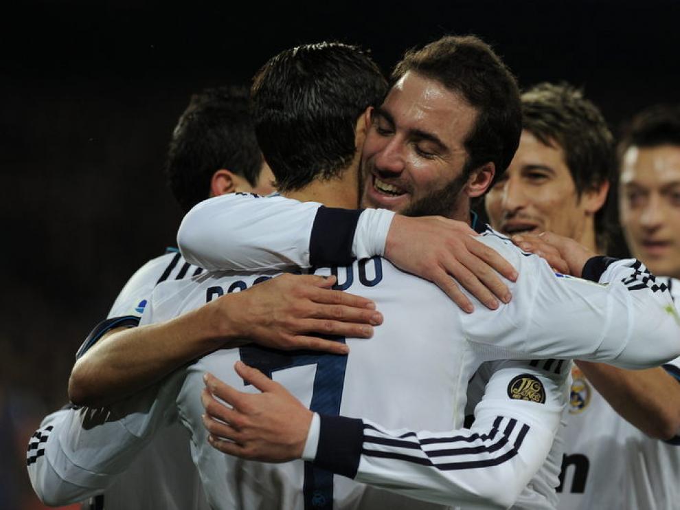 El Real Madrid celebra el gol de Cristiano
